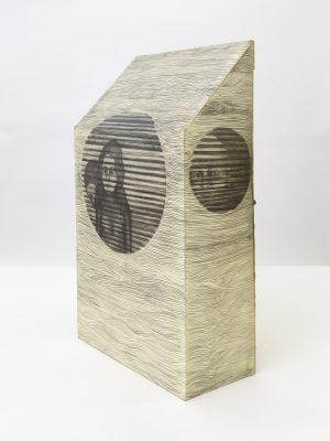Persiana Americana. Sculpture on Paper, 2017, 47,5 x 28,3 x 13,5 cm